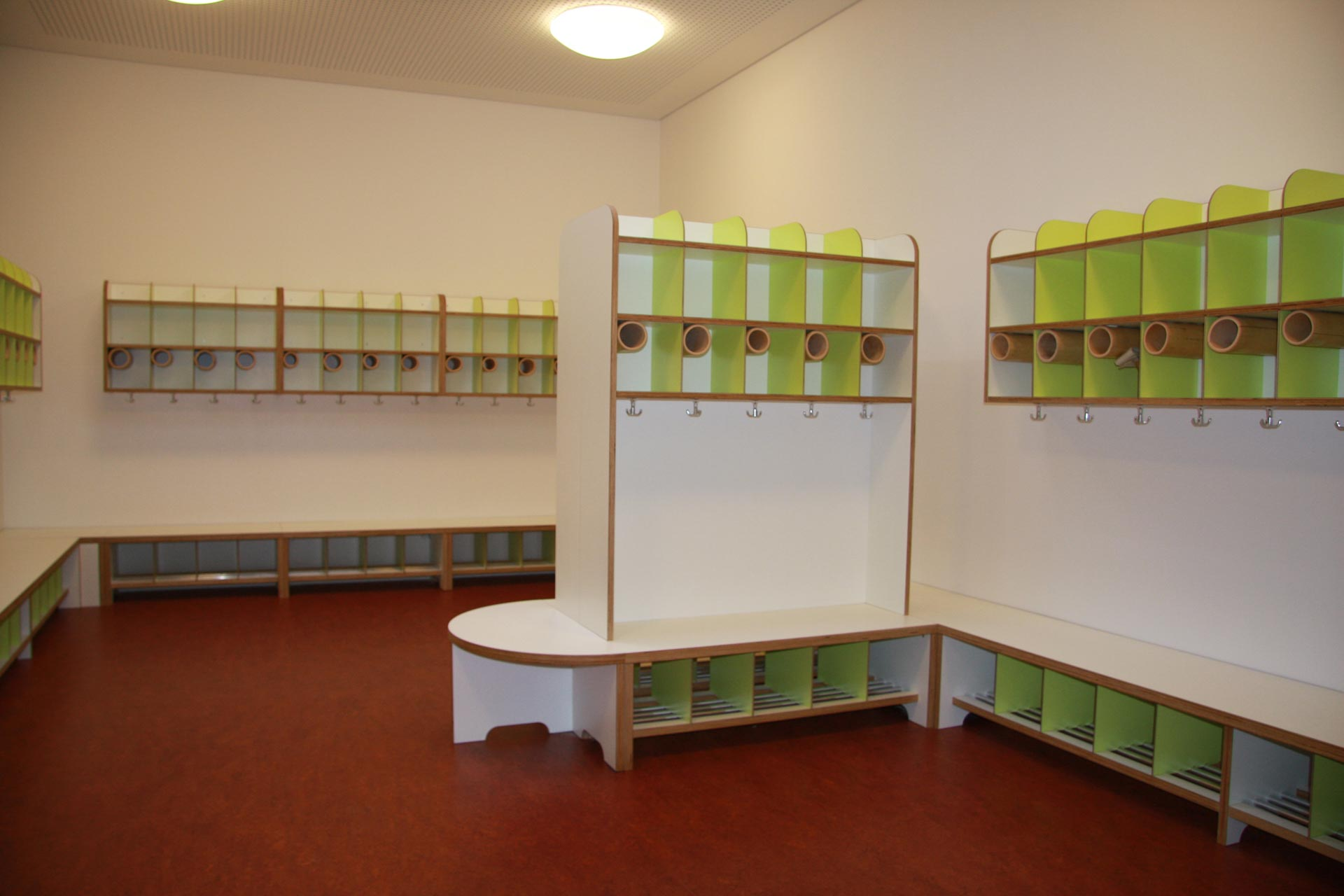 Tischlerei Artur Graumann GmbH in Hamburg | Kindergarteneinrichtungen | Garderobe Hamburg